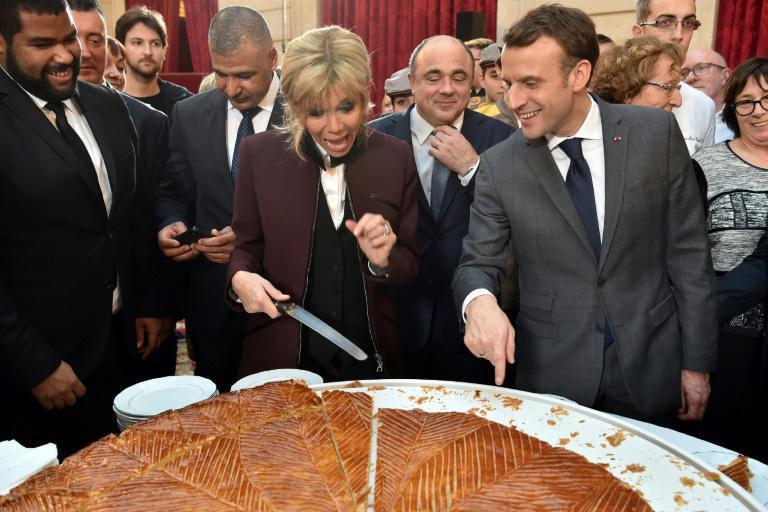 کیک خوران در الیزه+ تصاویر