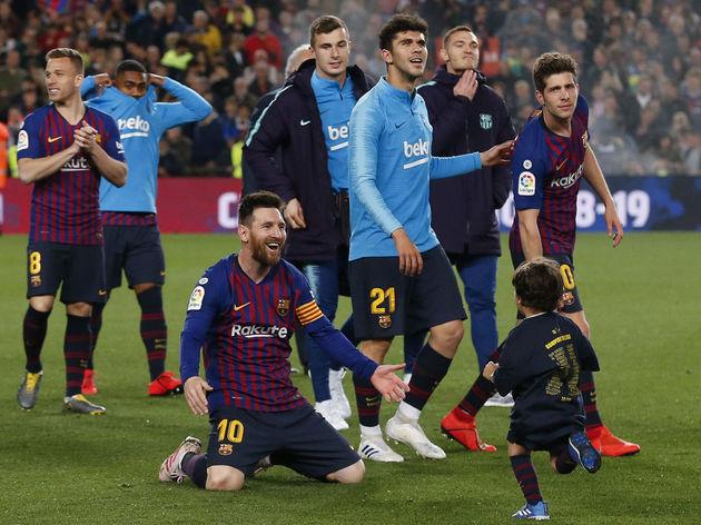 قهرمانی بارسلونا جشن