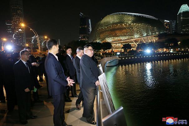 کره شمالی.کیم در سنگاپور