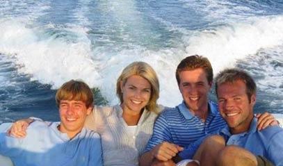 journalist-heather-nauert-with-her-three-brothers-1529576699