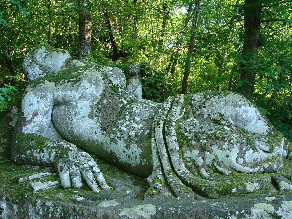 sacred-grove-bomarzo-22