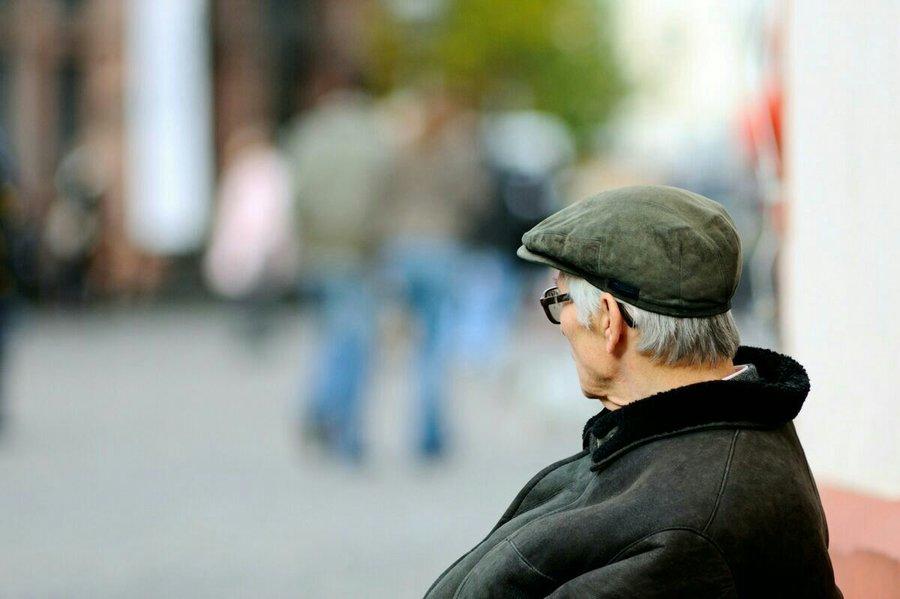 نماینده مجلس:صندوقهای بازنشستگی نباید محتاج دولت باشند|از تجربههای موفق جهانی استفاده کنند