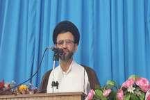 امام جمعه خوروبیابانک:دشمن همچنان به دنبال شکست و تضعیف انقلاب اسلامی است