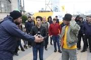 آغاز اجرای نمایش های طنز اجتماعی در میدان شهرداری آستارا
