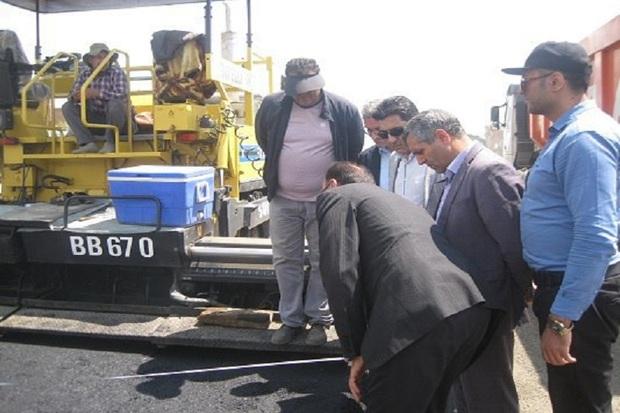 عملیات آسفالت ریزی محور میاندوآب - بوکان آغاز شد