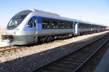 اولین قطار از همدان به مشهد حرکت میکند