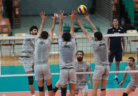 نخستین تمرین تیم ملی والیبال در اردوی صربستان