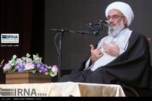 امام جمعه بوشهر :بیانیه گام دوم انقلاب گفتمان غالب جامعه شود