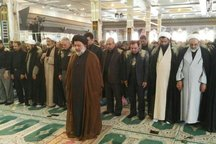 نماز ظهر عاشورا در سراسر لرستان برگزار شد