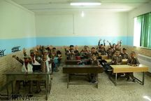 دانشآموزان حاضر، معلمان غایب