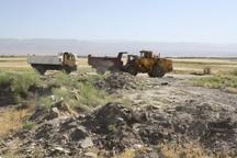 تخریب ساختوسازهای غیرمجاز در تپه تاریخی چناران