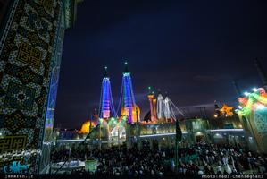 تصاویر زیبایی از حرم مطهر کریمه اهل بیت(س) در شب میلاد حضرت علی(ع)