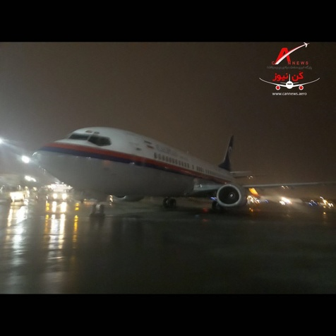 مهار هواپیمای ۷۳۷ کاسپین در طوفان شدید تهران+ عکس