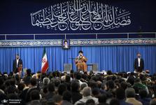 رهبر معظم انقلاب: امام(ره) با نامگذاری «شیطان بزرگ»، همه موحدان و ملتهای با انصاف جهان را در مقابل امریکا بسیج کردند/ ممکن است آمریکا برای سال ۹۸ نقشه کشیده باشد