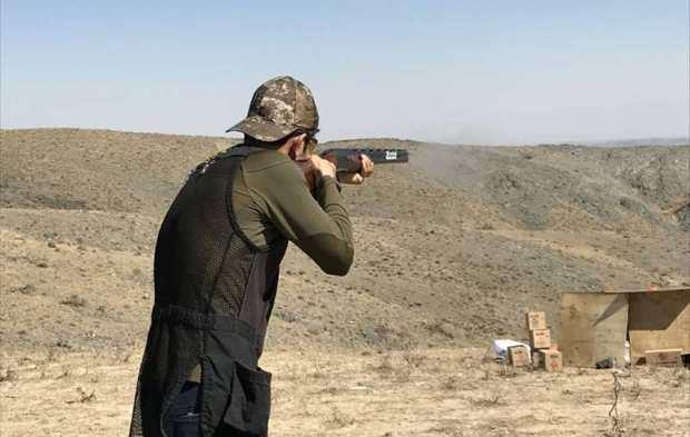 مسابقات تیراندازی به اهداف پروازی در مشهد برگزار شد