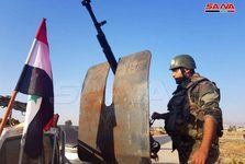 ورود ارتش سوریه به الحسکه برای مقابله با حمله ترکیه و استقبال مردم+تصاویر