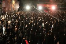 پاسخ مسئول هیئت خادم الرضای قم به انتقادات در خصوص جایگاه وی آی پی در مراسم عزاداری