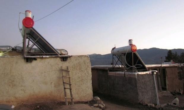آبگرمکنهای خورشیدی در رودبار نصب شد