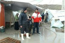 هلال احمر به 179 خانوار زلزله زده امدادرسانی کرد