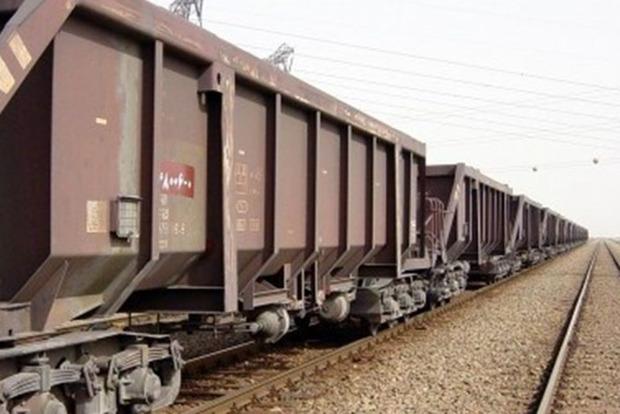 نخستین محموله گرانول توسط راه آهن اراک صادر شد