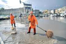 برخی خیابانهای مشهد دچار آبگرفتگی شدند