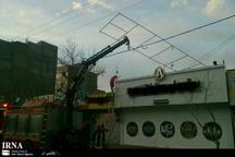 رخداد هشت حادثه در پی با وزش باد شدید در مشهد