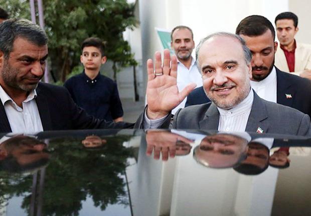 وزیر ورزش برای سرکشی از مناطق سیل زده وارد گلستان شد