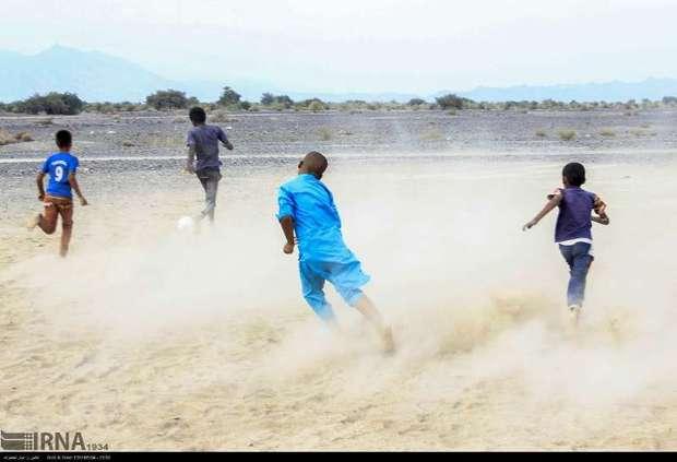 محرومیت زدایی در فوتبال کرمان پیگیری می شود
