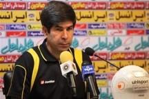 مربی استقلال خوزستان: مشکلات در تیم های خصوصی بیداد می کند
