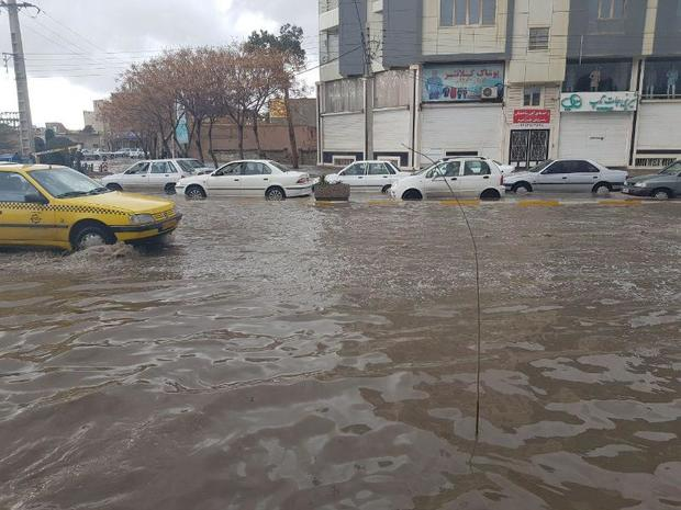 سه میلیون لیتر آب باران از خیابان های کرمان جمع آوری شد