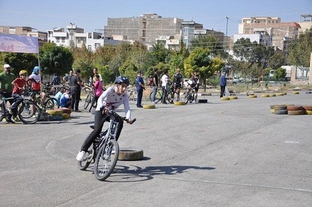تیم های دوچرخه سواری دانش آموزی البرز تشکیل شد