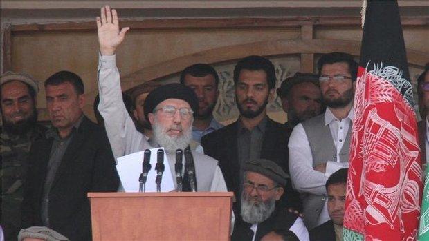 حکمتیار: برخی از کشورهای منطقه به جنگ افغانستان دامن میزنند