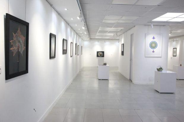"""نمایشگاه هنری """"آمانج"""" در بوشهر گشایش یافت"""