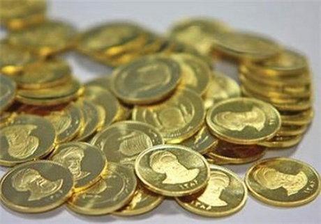نرخ دلار ۳۷۷۰ تومان/ کاهش قیمت طلا و سکه