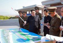 عکس/ نقشه ای مقابل رهبر کره شمالی