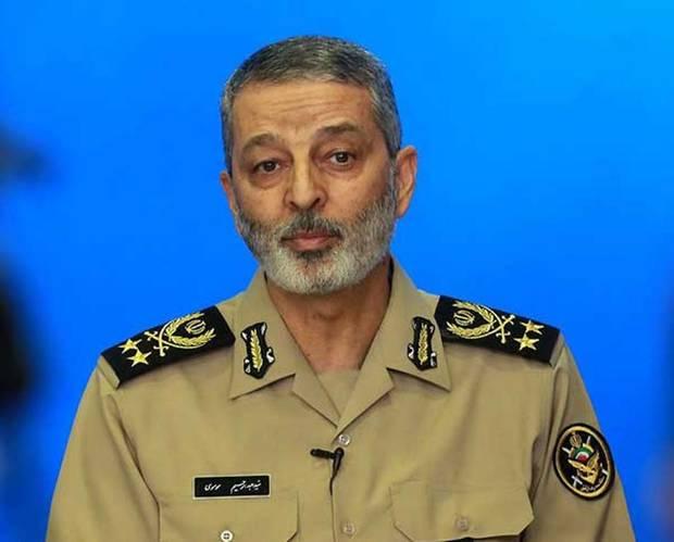 رژه روز ارتش در استانهای سیلزده برگزار نمیشود