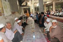 توزیع ۴ هزار پرس غذا در روز عاشورا توسط اهل سنت گلستان