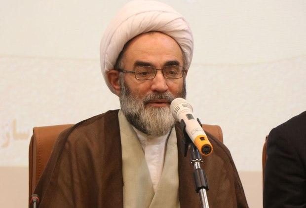 دانشگاه آزاد در تمدن سازی اسلامی به نظام کمک کند