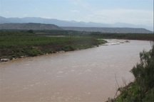 برداشت بی رویه آب، رود اترک را تهدید می کند