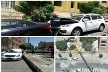 سقوط جرثقیل در نگین پارک تبریز   مجروجشدن یک نفر و خسارت به 3 خودرو