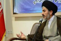 مساجد به عنوان محور عزاداری حسینی تکریم شود