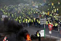 عقب نشینی دولت ماکرون در برابر معترضان/ نخست وزیر فرانسه:صدای اعتراض شما را شنیدم
