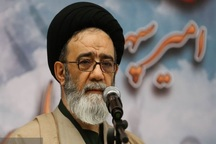 امام جمعه تبریز: غیرت ارتشیان در جریان سیل ستودنی است