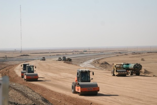قطعه یک آزاد راه آبیک - چرمشهر امسال زیربار ترافیک می رود
