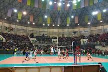 دیدار تیم های والیبال شهرداری ارومیه و پیکان تهران نیمه تمام ماند