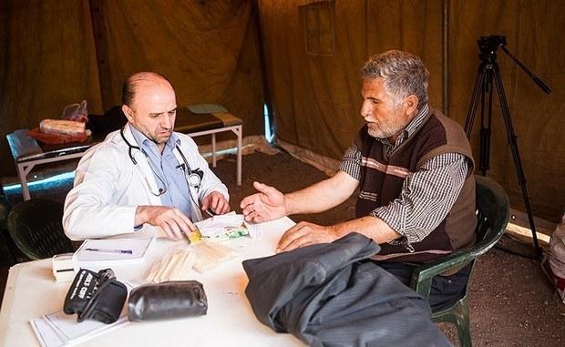 کمک هزینه درمان به 50 خانوار زلزله زده پرداخت شد