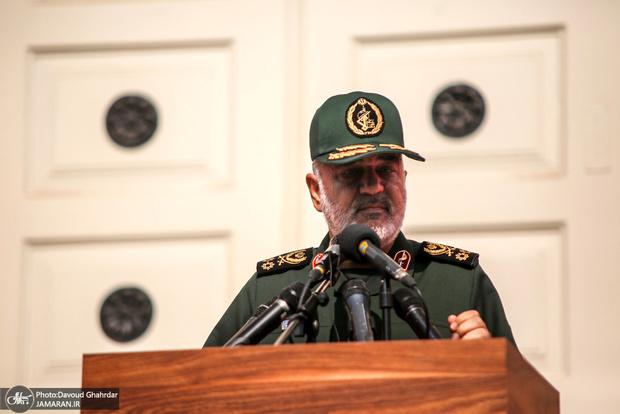 فرمانده کل سپاه خطاب به بسیجیان: به اندازه موهای زیبای سر شما موشک داریم