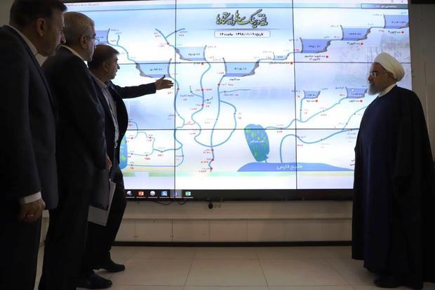 رییس جمهوری از مرکز مانیتورینگ آب و برق خوزستان بازدید کرد