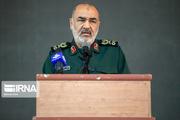 سردار سلامی: سیاست دشمنان رو در رو قرار دادن مردم با نظام است