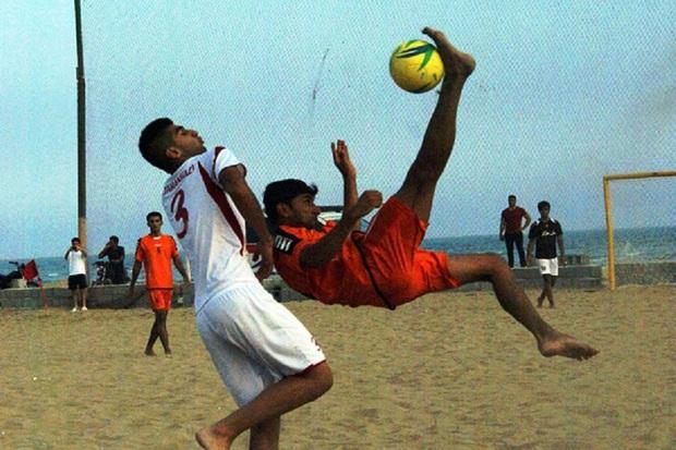 فوتبالیست هرمزگانی به اردوی تیم ملی فوتبال ساحلی دعوت شد